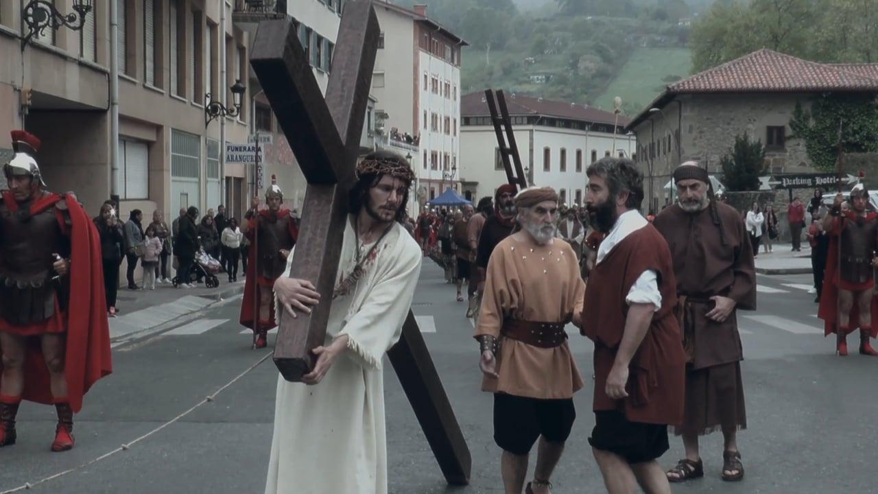 V. estación: El cirineo ayuda al señor a llevar la cruz